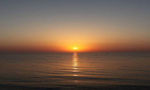 Zdjęcie TUNEZJA / Sahel Tunezyjski / Port El Kantaoui  / Słońce o poranku