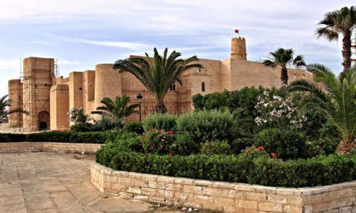 Zdjecie TUNEZJA / wschodniego wybrzeża Tunezji / Monastyr / Ribat w Monastyrze.