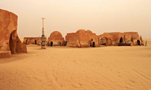 Zdjecie TUNEZJA / Tatooine / Pustynia / Miasteczko na pustyni.