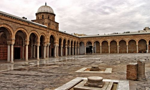 Zdjęcie TUNEZJA / - / Tunis / Meczet Al-Zaytuna,