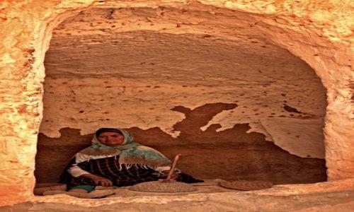 Zdjecie TUNEZJA / rejoniy gór Dżebel / Matmata / Matmata miejscem  kultury Berberów,