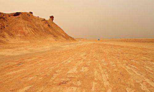 Zdjecie TUNEZJA /  północnej Afryce. / Sahara / Rozpala wyobraźnię