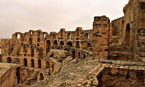 Zdjęcie TUNEZJA / wschodniej Tunezji, / El Jem / Koloseum jako perła wśród tunezyjskich zabytków-2