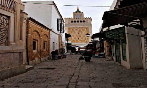 Zdjęcie TUNEZJA / - / Tunis / Uliczki starego Tunisu