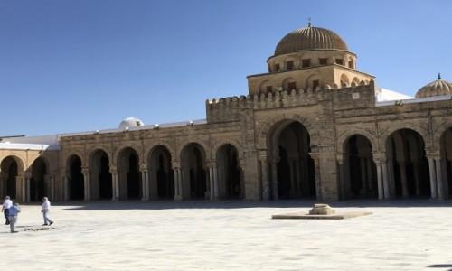 Zdjecie TUNEZJA / - / Kairouan / Dziedziniec Wielkiego Meczetu