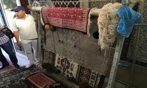 Zdjecie TUNEZJA / - / Kairouan / W fabryce dywanów