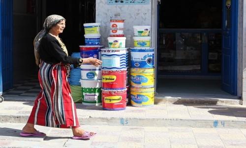 Zdjecie TUNEZJA / Sahel Tunezyjski / Hergla / Kobieta z Hergli