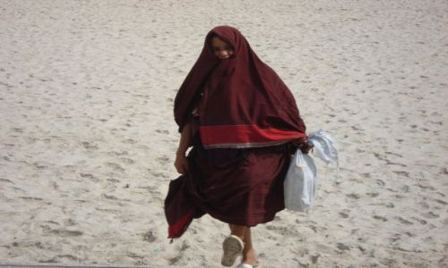 Zdjęcie TUNEZJA / sousse / plaża / dama