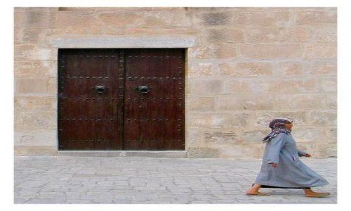 Zdjęcie TUNEZJA / Susse / medina / brama do Meczetu