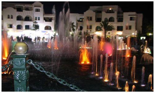 Zdjecie TUNEZJA / Susse / port el kantanui / fontanna