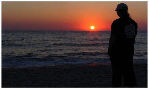 Zdjecie TUNEZJA / port el kantanui / plaża / wschód słońca