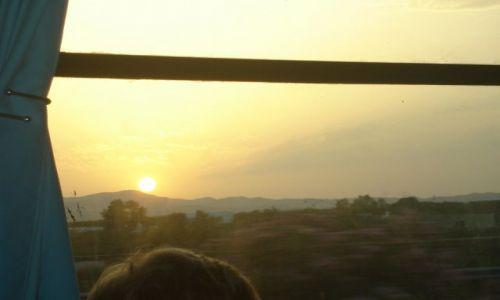 Zdjecie TUNEZJA / Tunis-okolice / Tunis-okolice / Zachód  słońca  z  autobusu