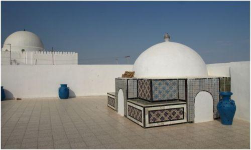 Zdjecie TUNEZJA / Kairuan / środkowa / właśnie z tego dachu