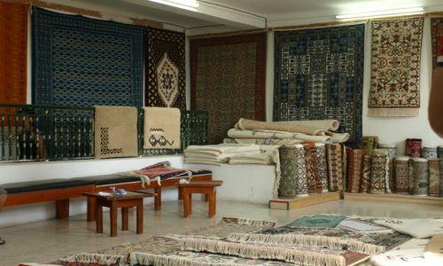 Zdjecie TUNEZJA / Kairuan / sala dywanowa / zapraszamy na zakupy