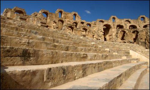 Zdjecie TUNEZJA / El Jem  / pomiędzy bardzo starymi kamieniami / Widownia - proszę spocząć