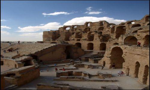 Zdjecie TUNEZJA / El Jem / Koloseum / jeszcze raz kamienie