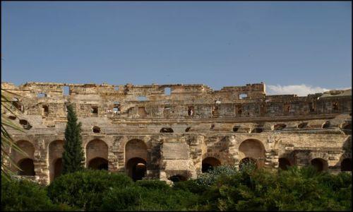 Zdjecie TUNEZJA / El Jem / Koloseum / wiem że nie widać że to owal