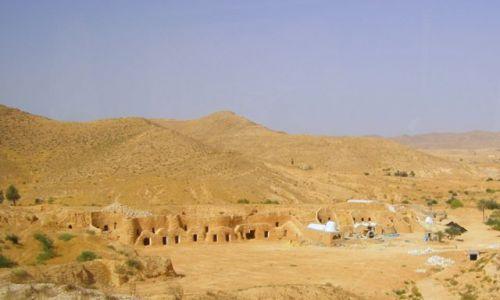 TUNEZJA / Tunezja / Sahara / domy Berberów