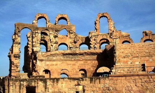 TUNEZJA / Środkowo-wschodnia Tunezja / El Jem / Amfiteatr rzymski