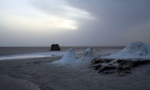 TUNEZJA / Chott El Jerid / Słone jezioro Wielki Szot / W oczekiwaniu na wschód słońca
