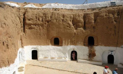 Zdjecie TUNEZJA / południowa Tunezja / Region MAtmata / Mieszkania BERBERÓW