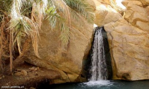 Zdjecie TUNEZJA / - / Chebrika, oaza / Wodospad na pustyni