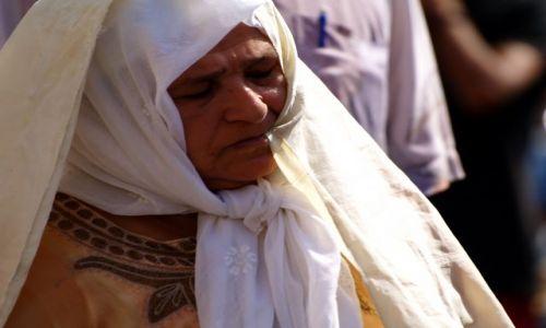 Zdjecie TUNEZJA / Sousse / Tunezja / Starsza Kobieta