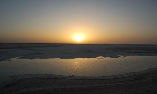 Zdjęcie TUNEZJA / touzer / tunezjia / jezioro slone