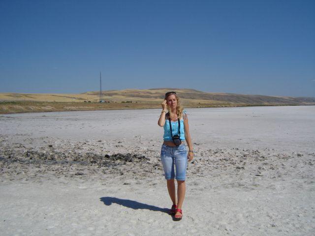Zdjęcia: okolice słonego jeziora Tuz, Gdzie ją wywiało?, TURCJA