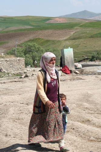 Zdj�cia: wioska kurdyjska, Turcja, turcja, TURCJA