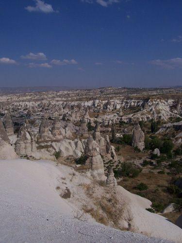 Zdjęcia: Göreme, Kapadocja, Widok na dolinę Göreme, TURCJA