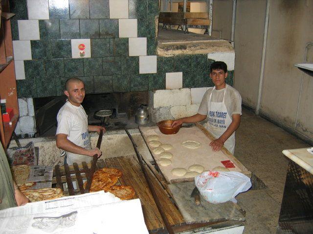 Zdjęcia: Van, Van, Piekarnia smacznego tureckiego pieczywa., TURCJA