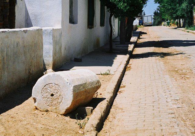 Zdj�cia: Aydin, zachodnia Anatolia, rzymska kolumna, TURCJA