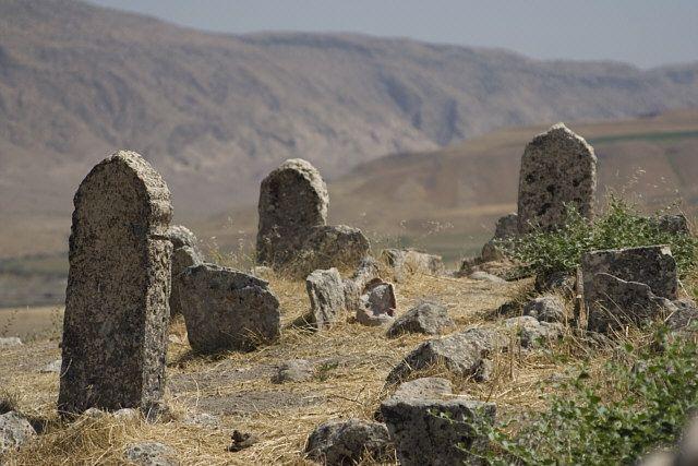 Zdjęcia: Hasankeyif, Wschodnia Anatolia, ruiny muzułmańskiego cmentarza, TURCJA