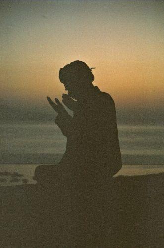 Zdjęcia: Van, Turcja południowo-wschodnia, Modlący się , TURCJA