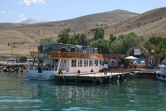 Zdjęcia: Jezioro Van, Wschodnia Anatolia, przystań w Gevas, TURCJA