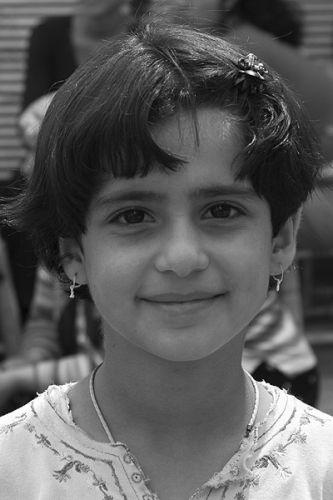 Zdjęcia: Diyarbakir, Wschodnia Anatolia, dziewczynka z Diyarbakiru, TURCJA