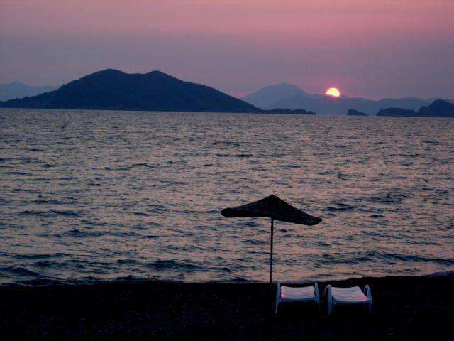 Zdjęcia: Frthiye, Turcja Egejska, zachód na plazy Caslis, TURCJA