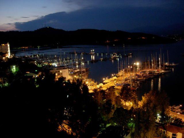 Zdjęcia: Fethiye, Turcja Egejska, noc w porcie Fethiye, TURCJA