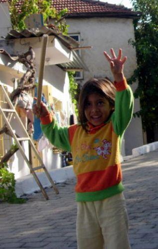 Zdjęcia: Fethiye, Turcja Egejska, tureckie dziecko, TURCJA