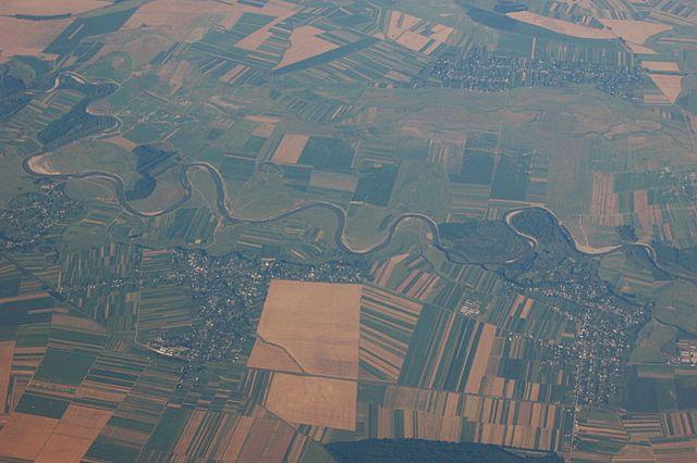 Zdjęcia: Wchmurach..., Europa, Płynie,wije sięrzeczka...DUNAJ, TURCJA