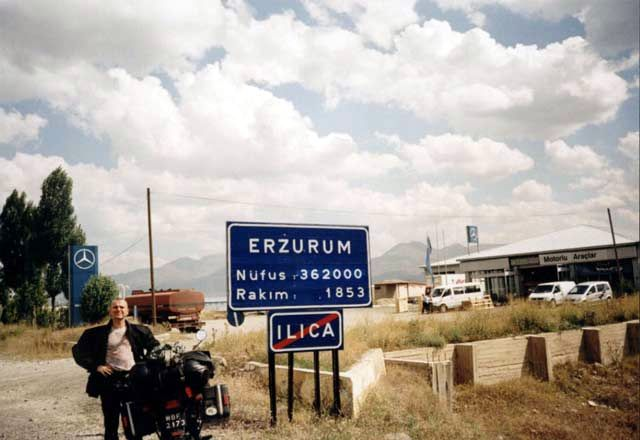 Zdj�cia: Erzurum, Wjazd do Erzurum, TURCJA