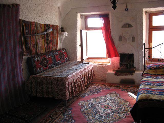 Zdj�cia: Wnetrze skalnych domow w Kapadocji, Jeszcze troche Turcji, TURCJA