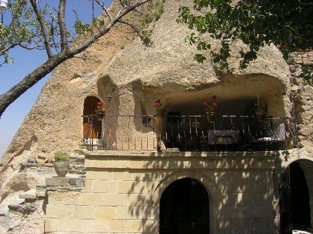 Zdjęcia: Kapadocja, Dom w skale, TURCJA
