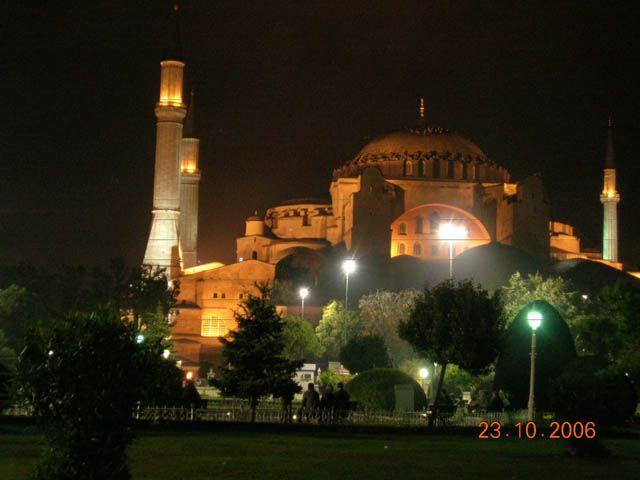 Zdj�cia: Stambu�, Turcja, Hagia Sophia noc�, TURCJA