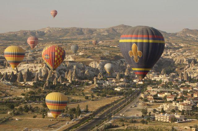 Zdjęcia: Goreme, środkowa Turcja, Balony..., TURCJA