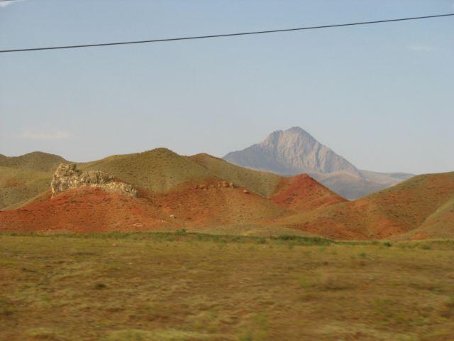 Zdjęcia: tereny kurdyjskie, południowo-wschodnia Turcja, kolory Turcji, TURCJA