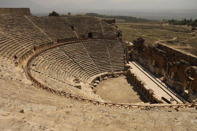 Zdjęcia: Hierapolis, płd-zach Turcja, Amfiteatr w Hierapolis, TURCJA