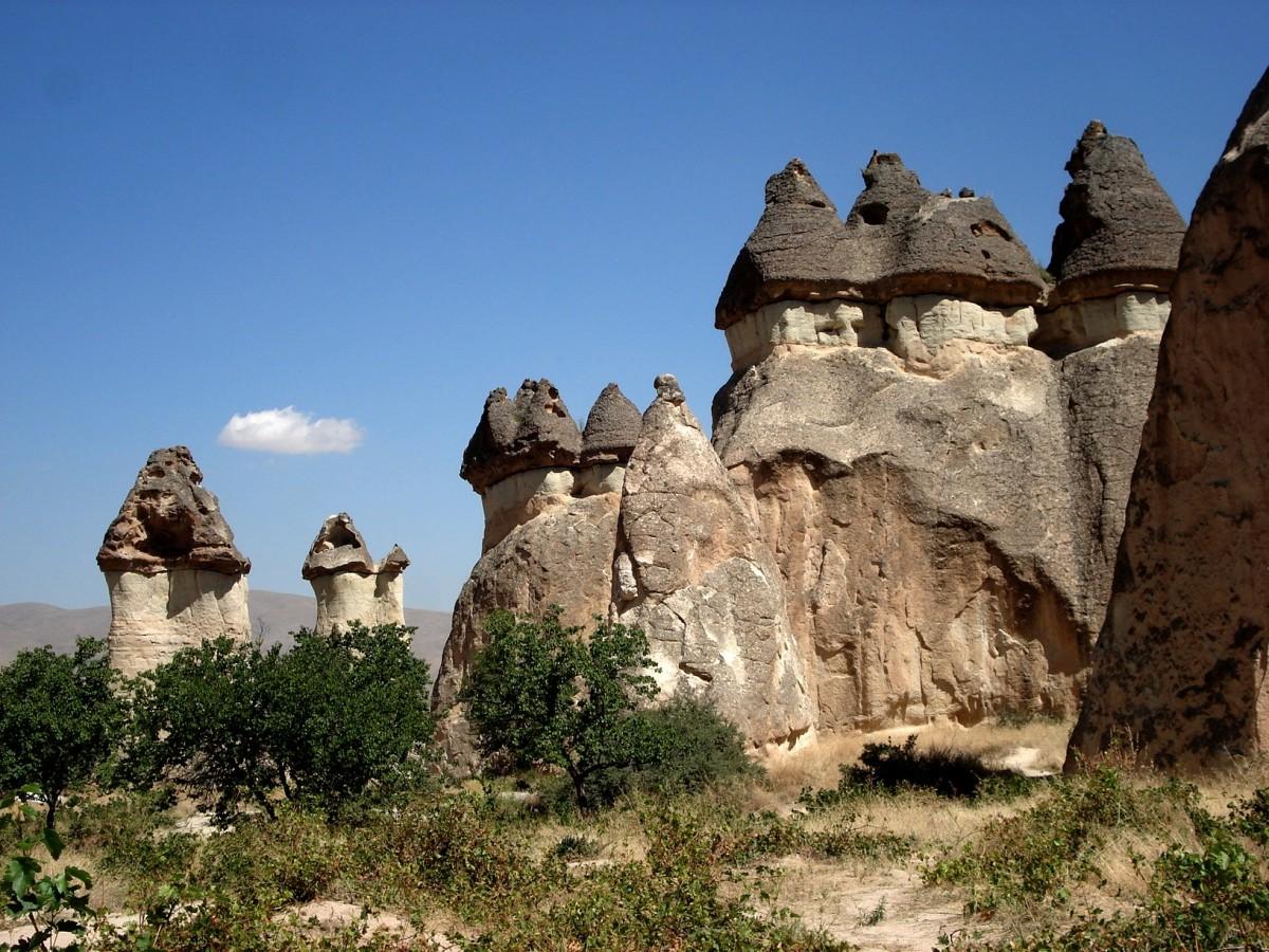 Zdjęcia:  , Kapadocja, Wśród skał Kapadocji., TURCJA