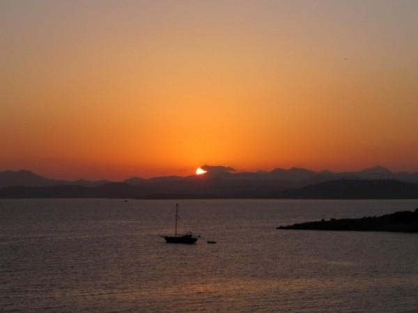 Zdjęcia: Bodrum, Wybrzeże Egejskie, Spokój jak na rybach, TURCJA
